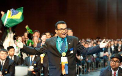 Conheça o brasileiro de 18 anos que ganhou mais de 60 prêmios científicos