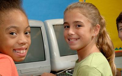 Cetic.br pesquisa o uso de celular por alunos para a realização de atividades escolares