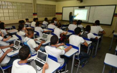 MEC dará dinheiro para escolas públicas contratarem acesso à internet