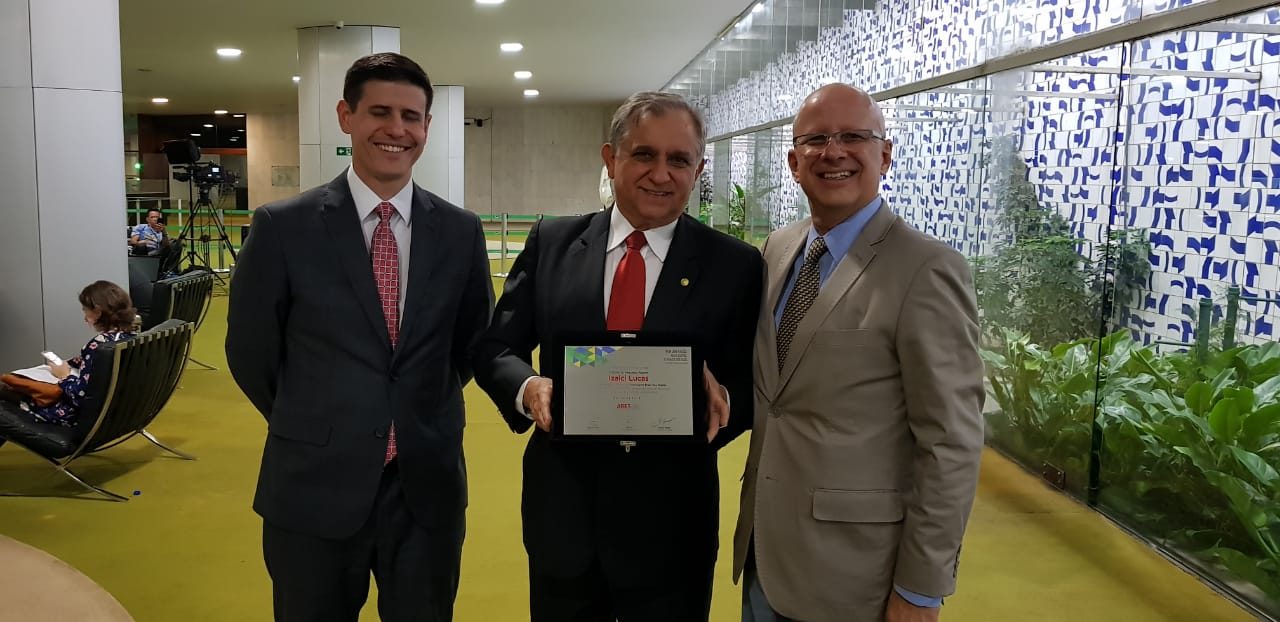 Andrei Gutierrez, Izalci Lucas e Francisco Camargo