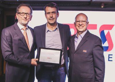 Rodolfo Fücher, conselheiro da ABES; Tonny Martins, CEO da IBM Brasil, e Francisco Camargo, presidente da ABES