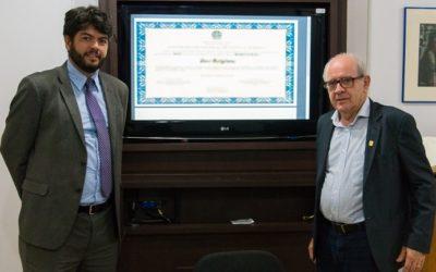 UFSC emite primeiros diplomas digitais assinados com certificado ICP-Brasil