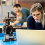 Novas diretrizes estimulam a modernização dos currículos de engenharias no país, avalia CNI