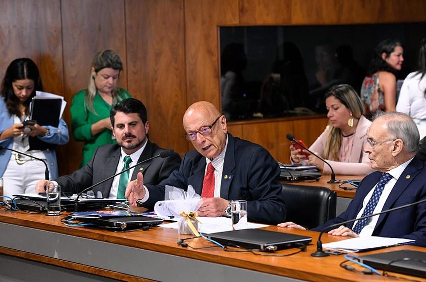 Governo negligencia defesa cibernética do país, aponta relatório da CRE